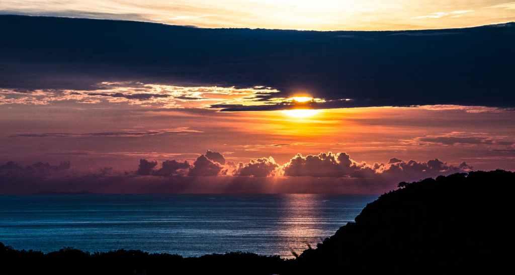Ocean scene to show how amazing God is.